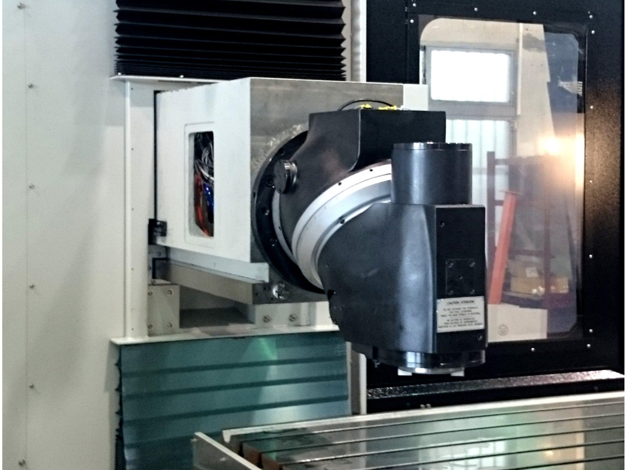 EMENA cabezal de fresado milling head VGCI-6 en maquina 1